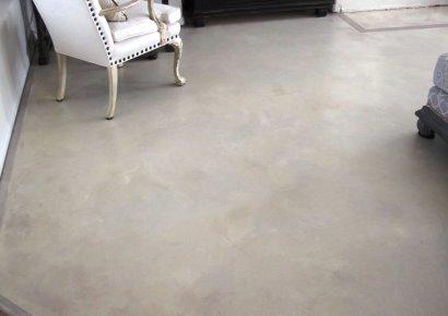 gladde betonvloer antislip maken